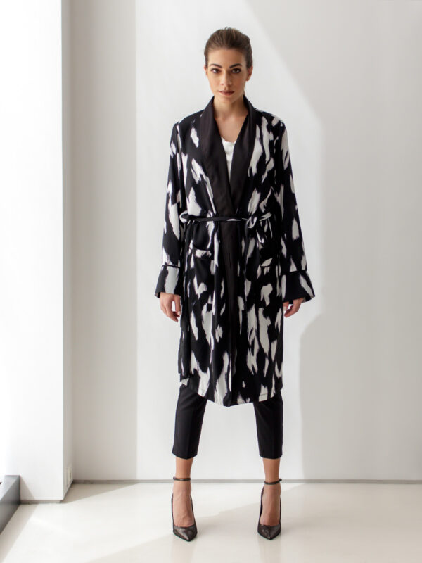 Sotris collection   Black and white tunic