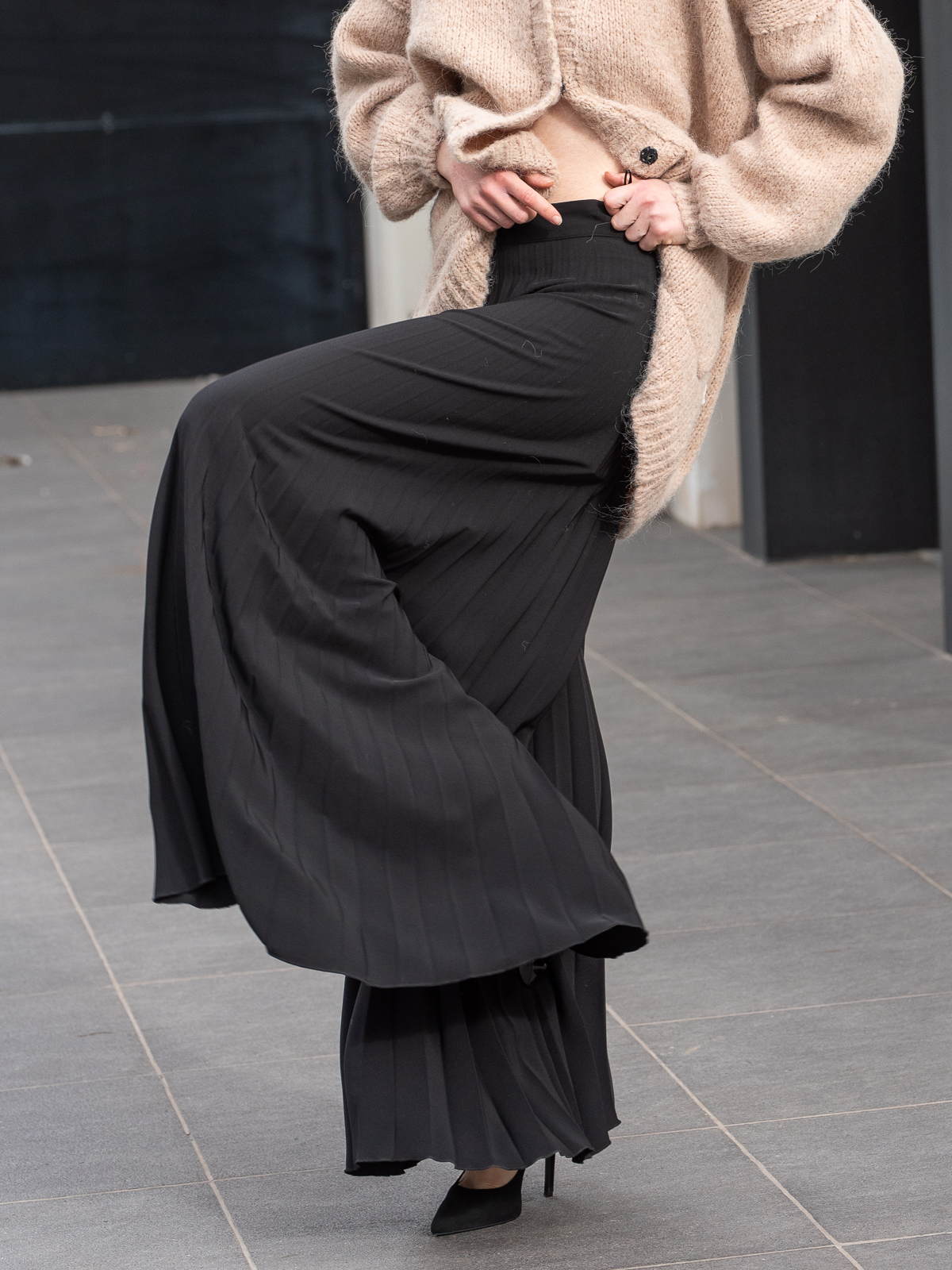 Manolo | Pleated flare trousers