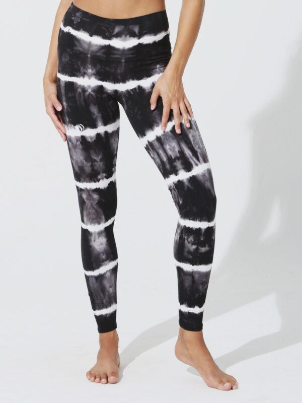 Electric and Rose | Black tie-dye leggings