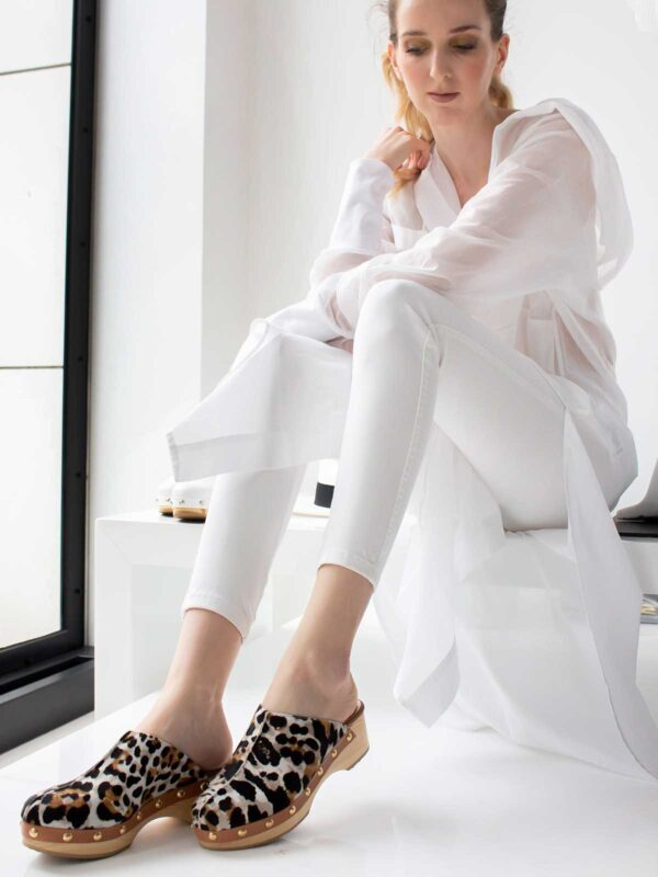 I love sandals | Leopard-print clogs