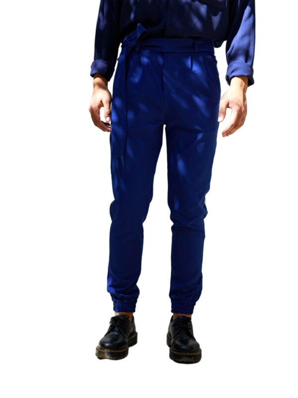 Dante Men | Carrot-fit trousers with belt